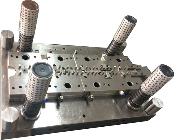 Automotive Progressive Stamping Die